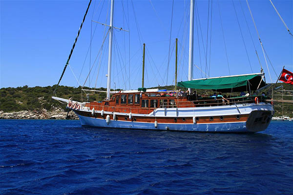 Cabin charter Turkey