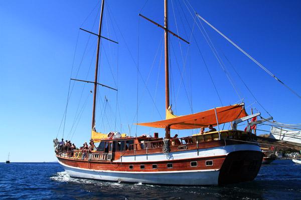Cabin charter Turkey