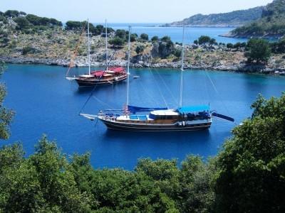 Goleta Cruceros Cortos